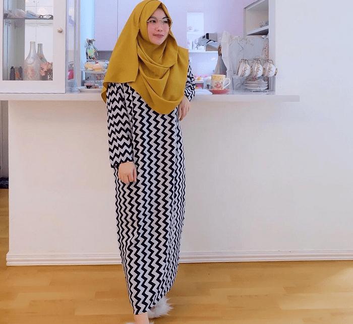 6-Busana-Muslim-yang-Cocok-Untuk-Wanita-Gemuk-Dijamin-Terlihat-Ideal.png