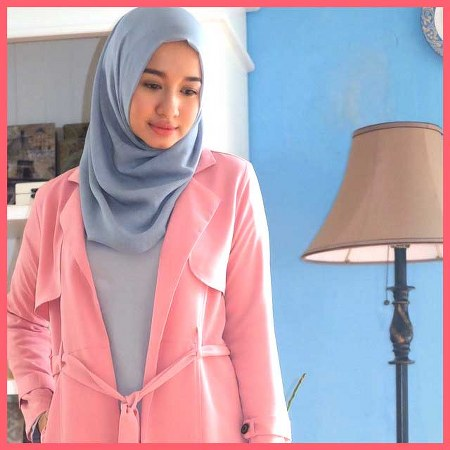 10-Hijab-Style-Laudya-Chintya-Bella10_450x450-Copy.jpg