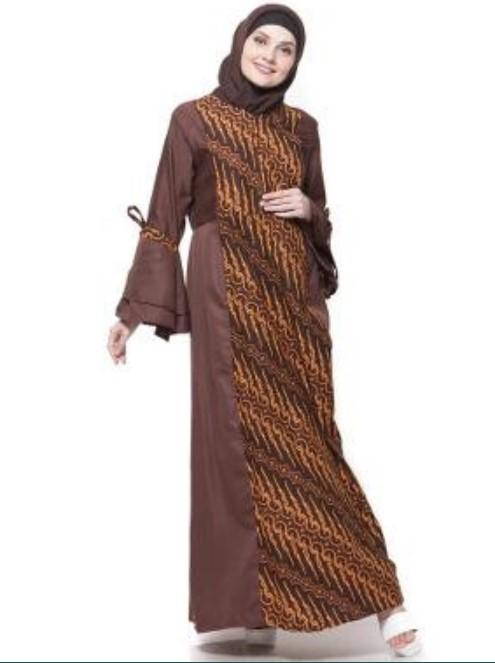 Baju-Gamis-Batik-Kombinasi-Kain-Polos-Modern-Coklat-Klasik.jpg