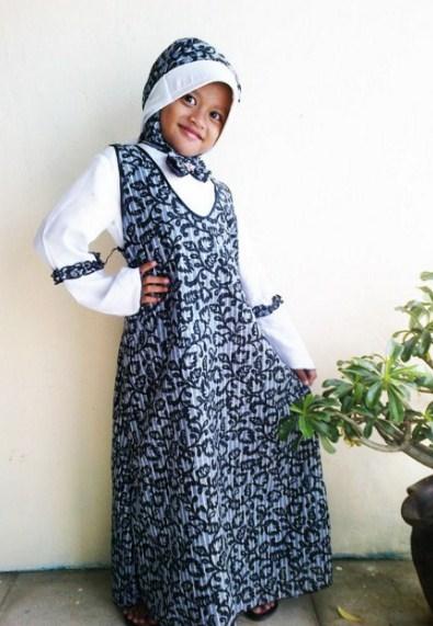 Model-Baju-Gamis-Batik-Anak-Perempuan.jpg