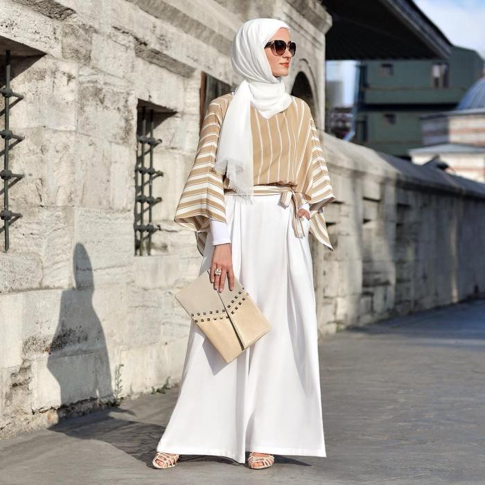 inspirasi-paduan-outfit-warna-hitam-simple-dan-elegan-45-foto-model-baju-muslim-terbaru-2018-hijabtuts.jpg