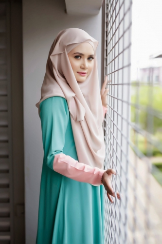 long-dress-putih-kombinasi-hijau-mint-baju-gamis-warna-hijau.jpg