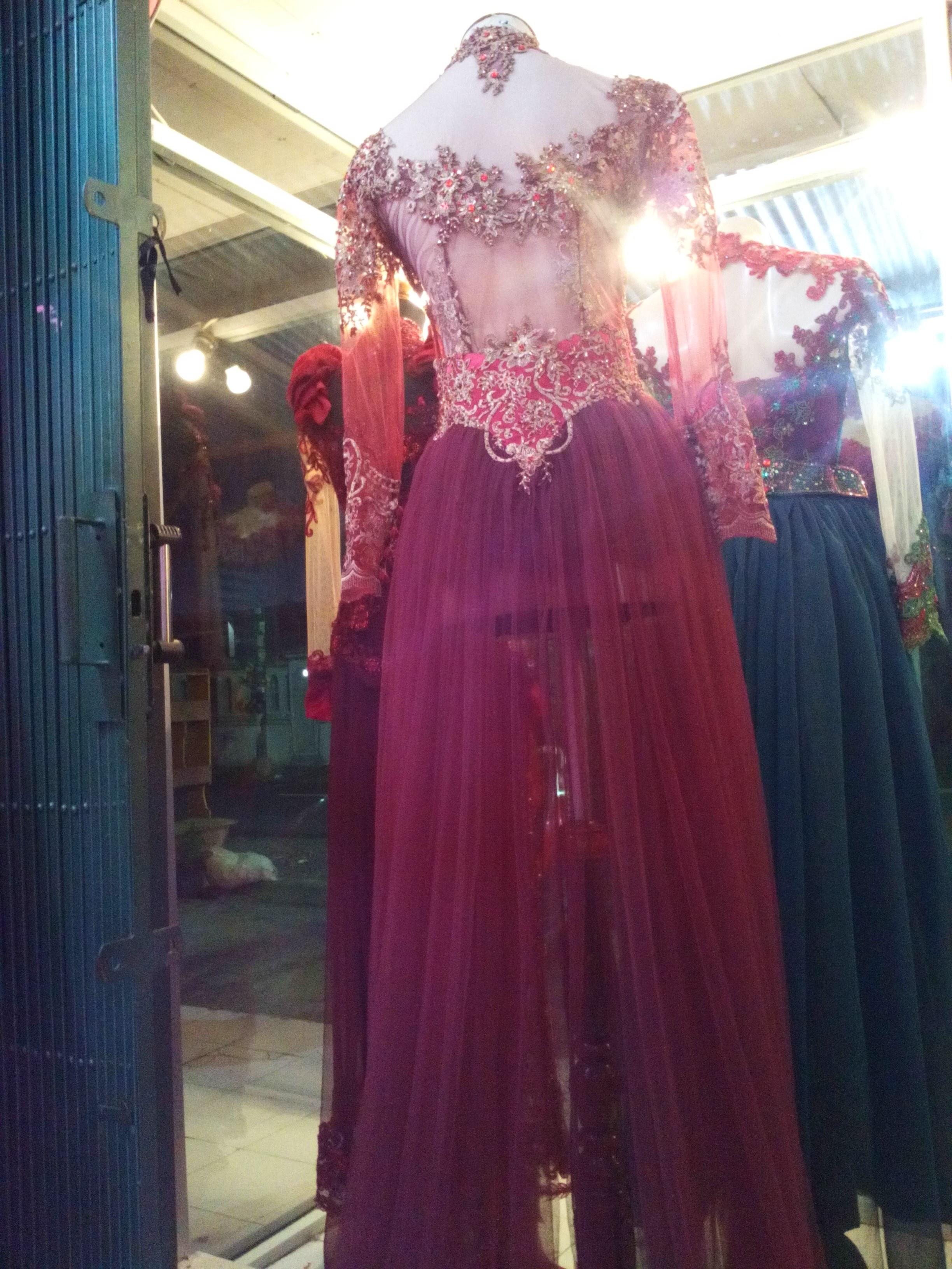 Bentuk Gaun Pengantin Muslimah Warna Merah Marun 3ldq Kebaya Pengantin Ekor Panjang Warna Merah Maroon