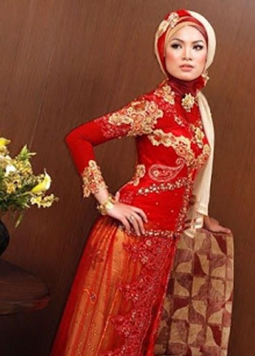 Bentuk Gaun Pengantin Muslimah Warna Merah Marun Kvdd 27 Model Gaun Pengantin Muslimah Kekinian Dan Modern
