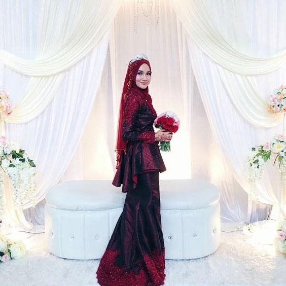 Bentuk Gaun Pengantin Muslimah Warna Merah Marun S1du Tampak Elegan Ini Dia 5 Warna Gaun Pengantin Muslimah