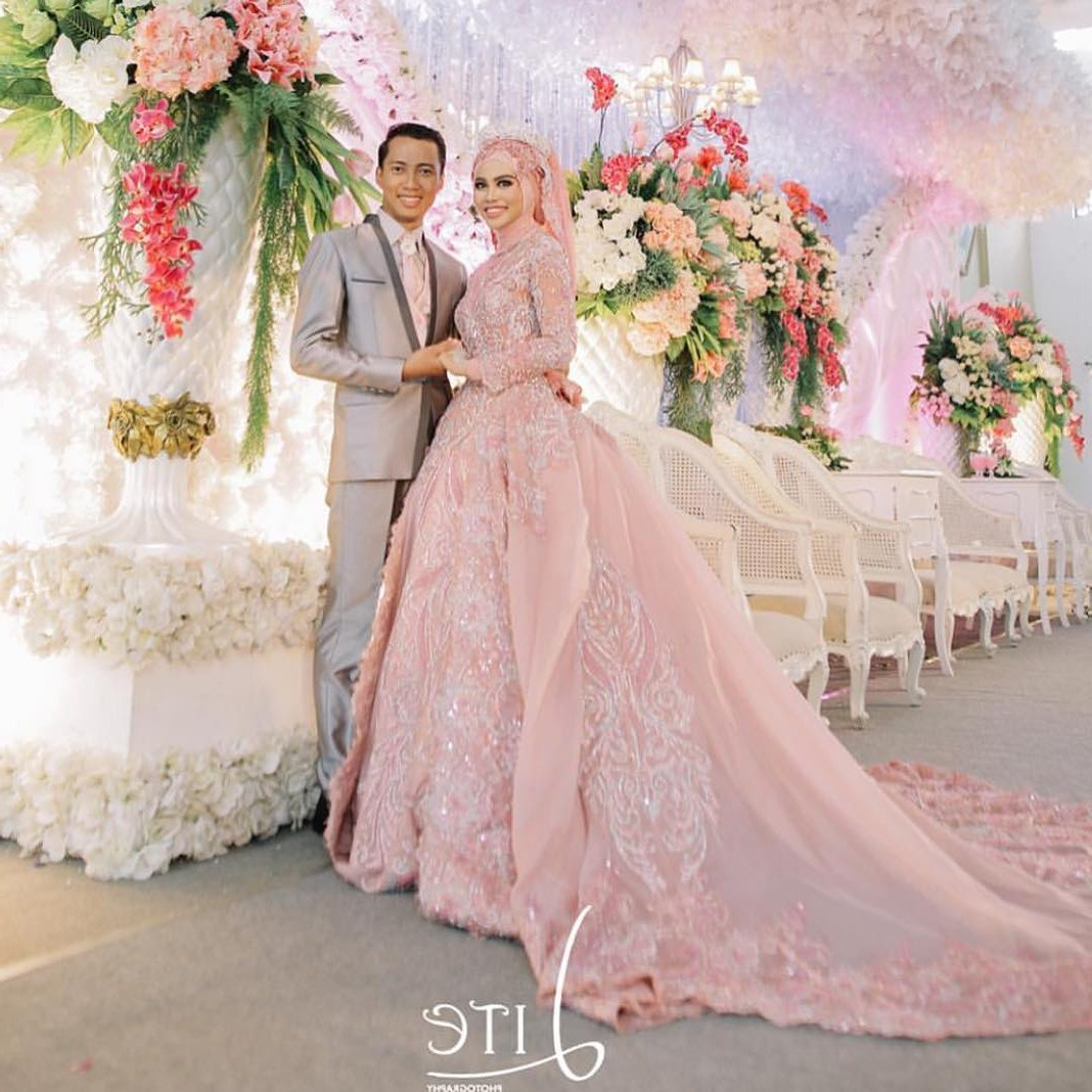 Bentuk Kebaya Pernikahan Muslimah Terindah Dwdk Baju Pengantin islami Modern Gambar islami