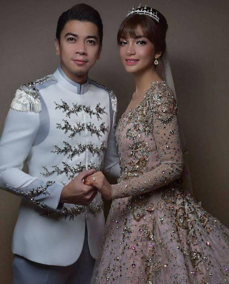 Design Baju Resepsi Pernikahan Muslimah 0gdr orked Dan Violet Resepsi Amyra Rosli Dan Amar Baharin