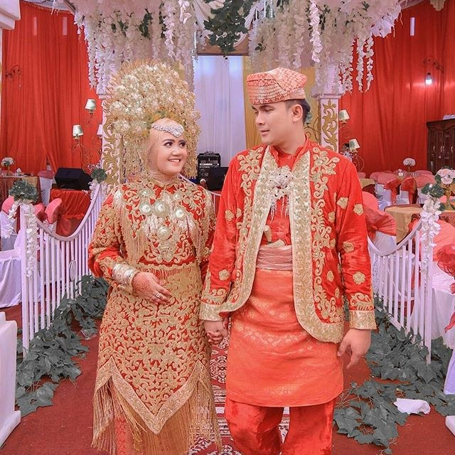 Design Baju Resepsi Pernikahan Muslimah Rldj Moslemweding Instagram Posts Photos and Videos Instazu