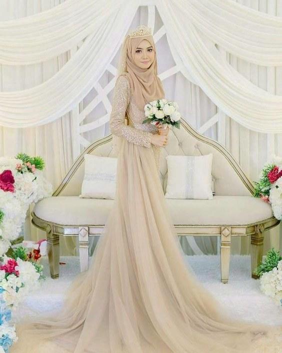 Design Gaun Pengantin Muslimah 2018 0gdr Maizatul Maisarah Maisarahjulajuli On Pinterest