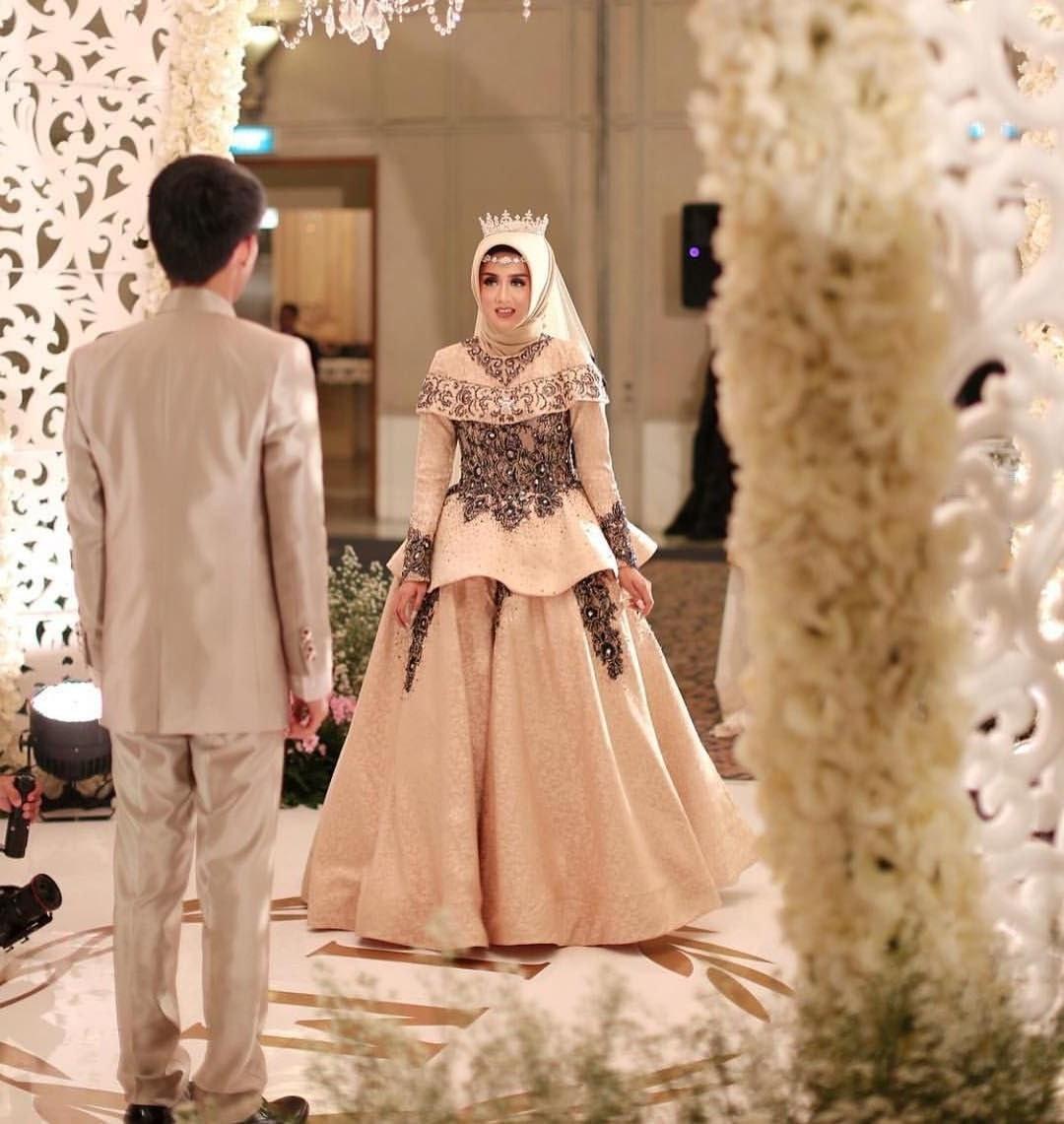 Design Gaun Pengantin Muslimah 2018 X8d1 17 Model Baju Pengantin Muslim 2018 Desain Elegan Cantik
