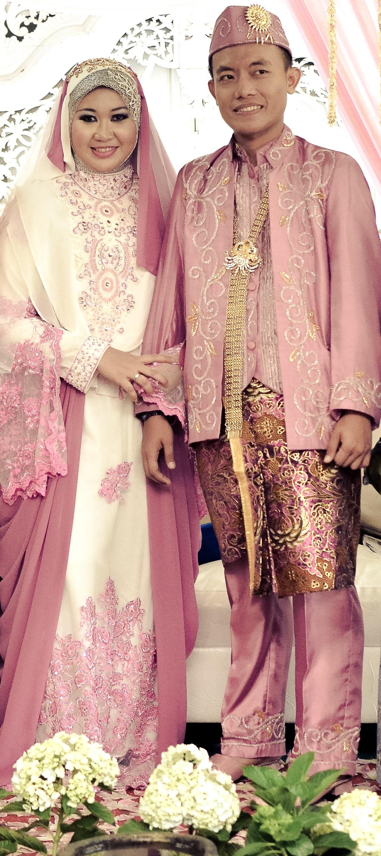Design Gaun Pengantin Muslimah Syar'i Rabbani U3dh Gaun Pernikahan Muslimah Syar'i Trytolearn