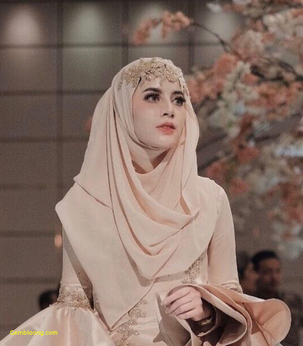 Gaun Pengantin Berhijab Luxury Pin Oleh Warda Derosallia Di Hijab Mesir Cleopatra Di 2019