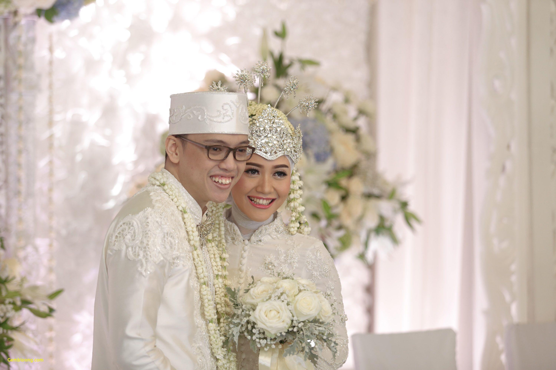 Gaun Pengantin Berhijab Unique Animasi Wedding Hijab Keren Mewah Gaun Pengantin Berhijab