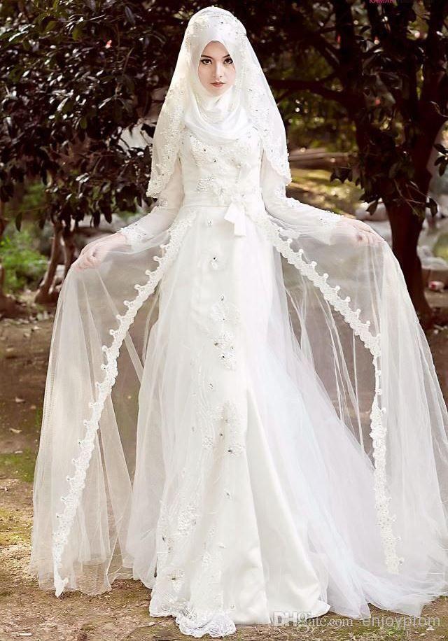 Gaun Pengantin Cantik Berhijab Lovely 12 Gaun Pernikahan Yang Bisa Membuatmu Tampil Anggun Dengan