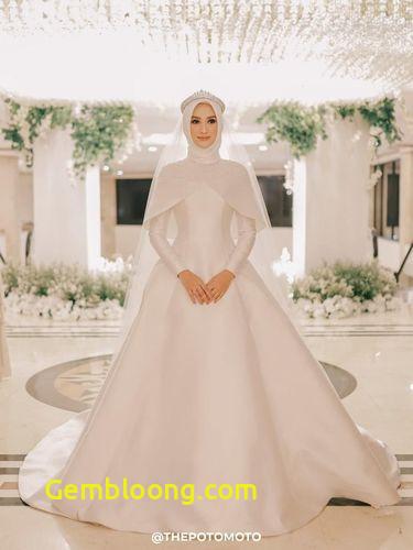 Gaun Pengantin Hijab Minimalis Best Of 8 Inspirasi Gaun Pengantin Muslimah Dari Artis Hingga Selebgram