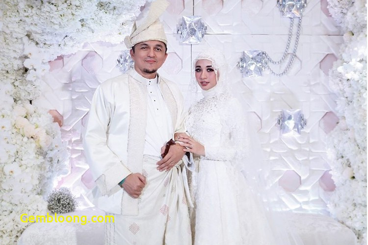 Gaun Pengantin Hijab Minimalis Luxury 5 Gaun Pengantin Muslimah Modern & Simple Ala Selebriti