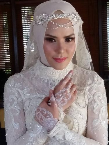 Gaun Pengantin Muslimah Sederhana Tapi Elegan Beautiful Model Kebaya Akad Nikah Hijab Model Kebaya Terbaru 2019