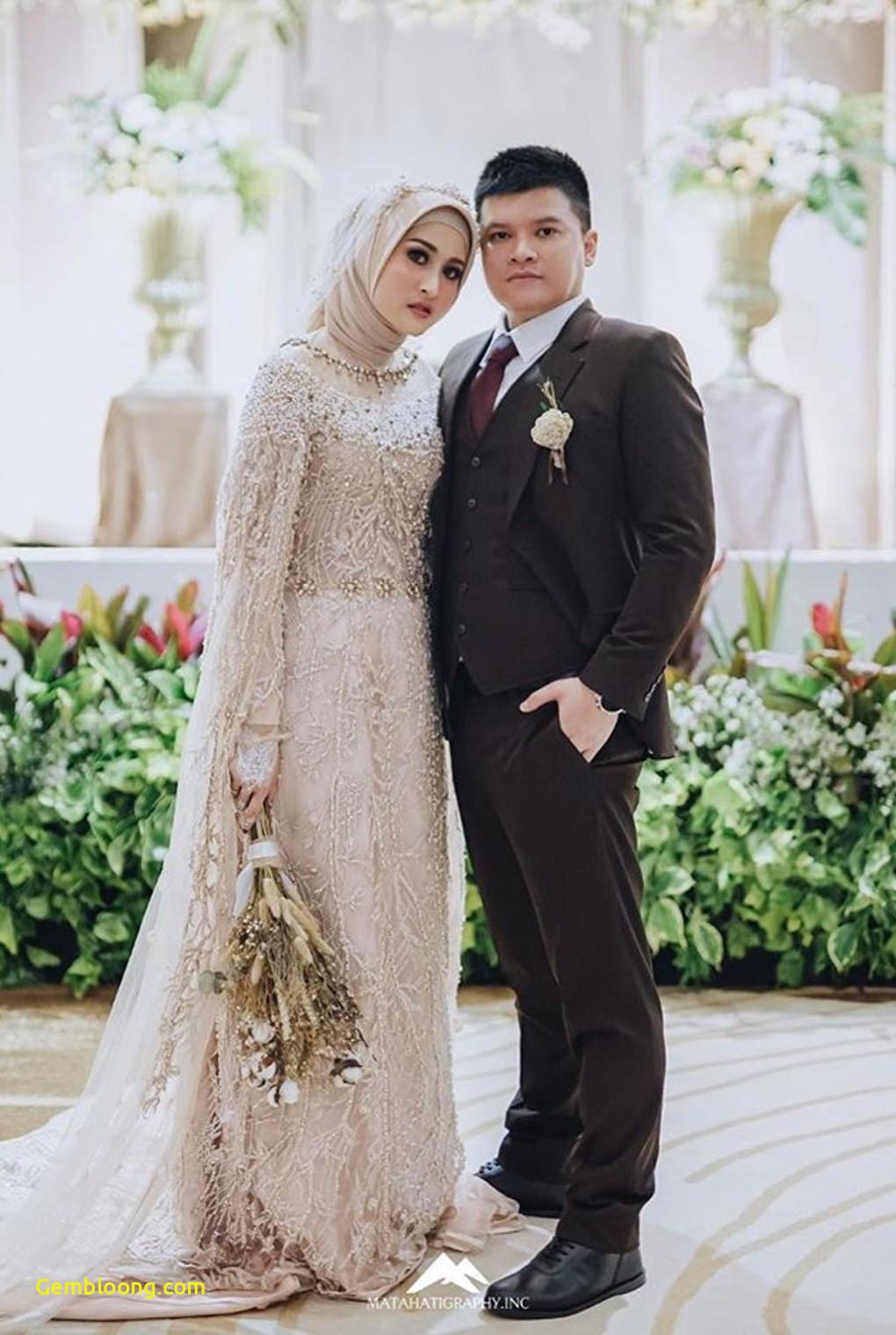 Gaun Sederhana Pengantin Berhijab Unique 20 Inspirasi Gaun Pernikahan Untuk Calon Pengantin Berhijab