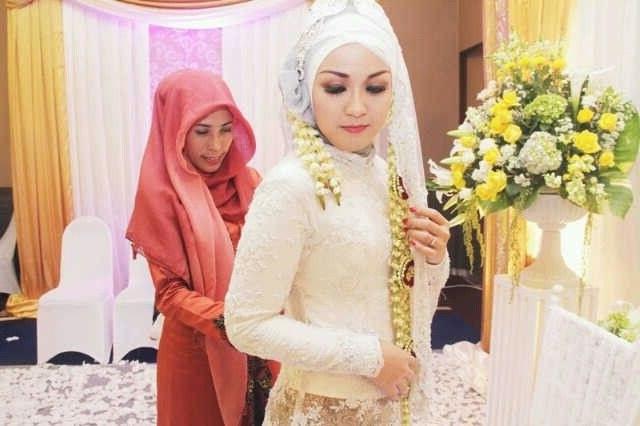 Inspirasi Baju Pengantin Muslim Adat Sunda 87dx My Wedding Ceremony June 8th 2013 Pearly White Moslem