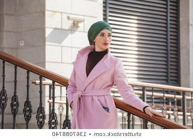 Inspirasi Foto Baju Pengantin Muslim Modern S5d8 Muslim Girls Stock S & Graphy