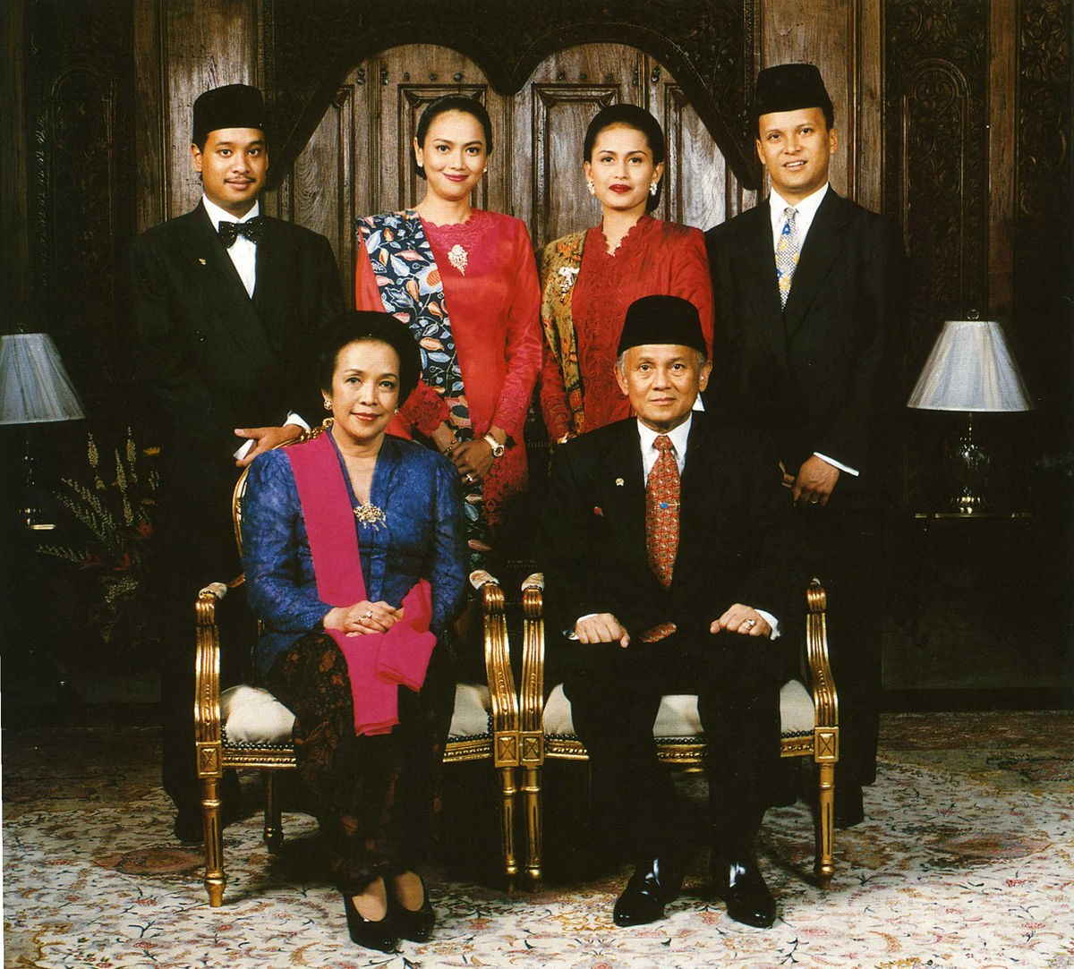 Inspirasi Gaun Pengantin Jawa Muslim Etdg National Costume Of Indonesia