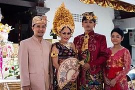 Inspirasi Gaun Pengantin Jawa Muslim Ffdn National Costume Of Indonesia