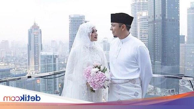 Inspirasi Gaun Pesta Pengantin Muslimah Nkde Tips Memilih Gaun Pengantin Muslim Dari Desainer