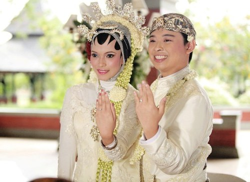 Model Baju Pengantin Muslim Adat Jawa U3dh Baju Pernikahan Adat Sunda Berhijab