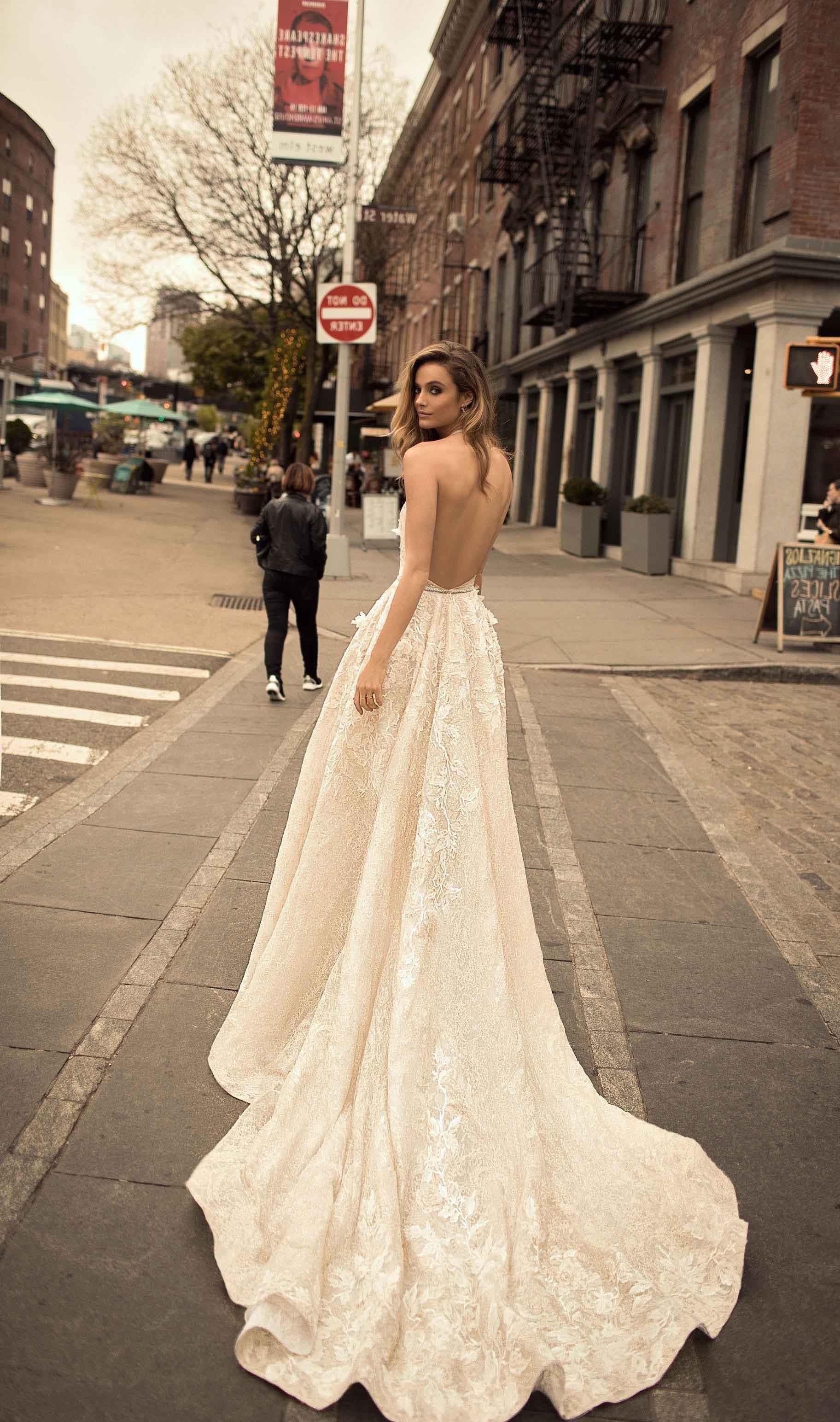 Bentuk Bridesmaid Dress Hijab E9dx Wedding Ideas White and Gold Wedding Dress the Newest