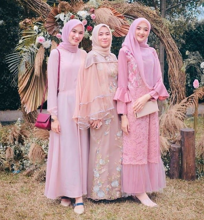 Bentuk Bridesmaid Hijab Pink Zwdg Pin by Roa A Eid On Everything Pink In 2019