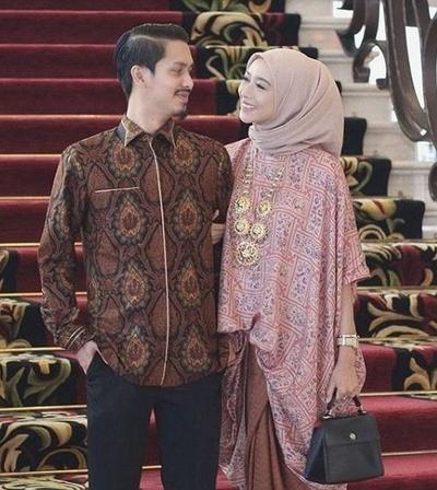 Bentuk Gamis Batik Seragam Pernikahan Dddy Tak Perlu Pusing Pilih Baju Kondangan Cek Inspirasi Baju