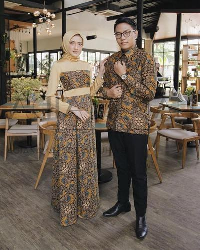 Bentuk Gamis Batik Seragam Pernikahan X8d1 Mau Tampil Serasi Di Pesta Pernikahan Kamu Bisa Ban