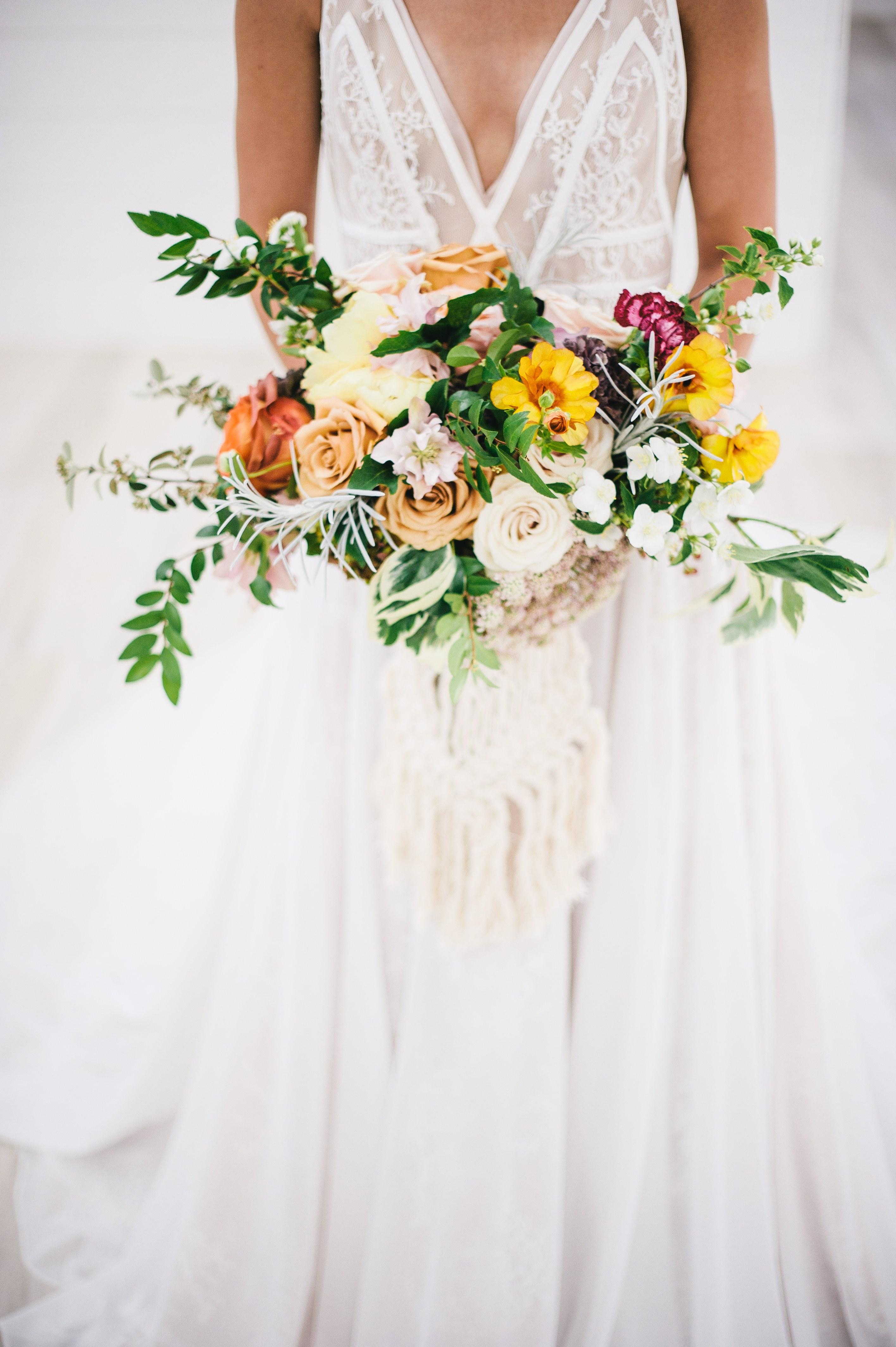 Bentuk Kebaya Bridesmaid Hijab Modern Tqd3 A Fall Bohemian Inspired Styled Shoot with Treasured Heart