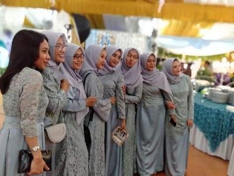 Design Seragam Gamis Untuk Pernikahan Q5df List Of Seragam Pernikahan Images and Seragam Pernikahan
