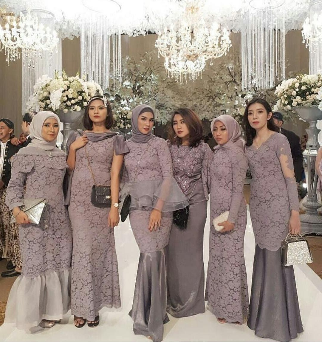 Ide Inspirasi Gaun Bridesmaid Hijab Bqdd Instagram Post by Inspirasi Kebaya Dan Gaun • Jul 19 2018 at