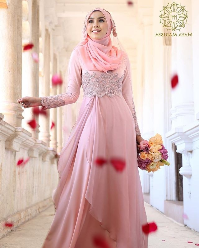 Inspirasi Gamis Untuk Pesta Pernikahan Ipdd Pin by Carmyta Calla On Gamis and islamic Clothing