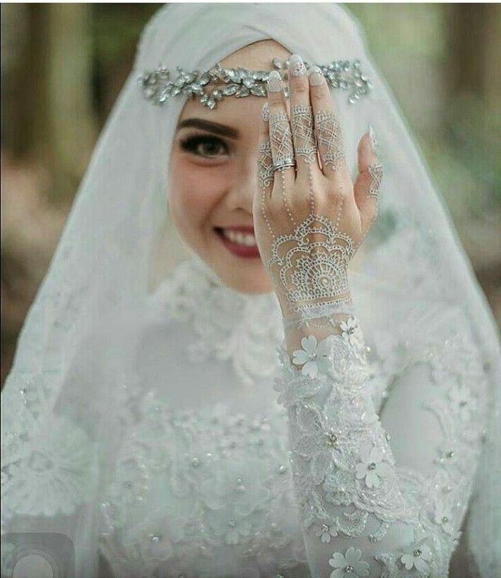 Inspirasi Hijab Bridesmaid Dress Q0d4 4114d B طريقة حجاب العروس ومناسب للاعراس Bridal Hijab