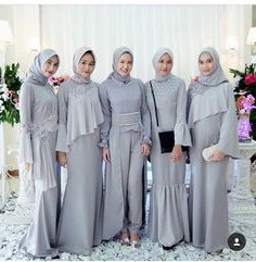 Inspirasi Model Baju Bridesmaid Hijab 2018 Kvdd 160 Best Kebaya Images In 2019