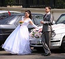 Model Bridesmaid Hijab Batik Jxdu Wedding