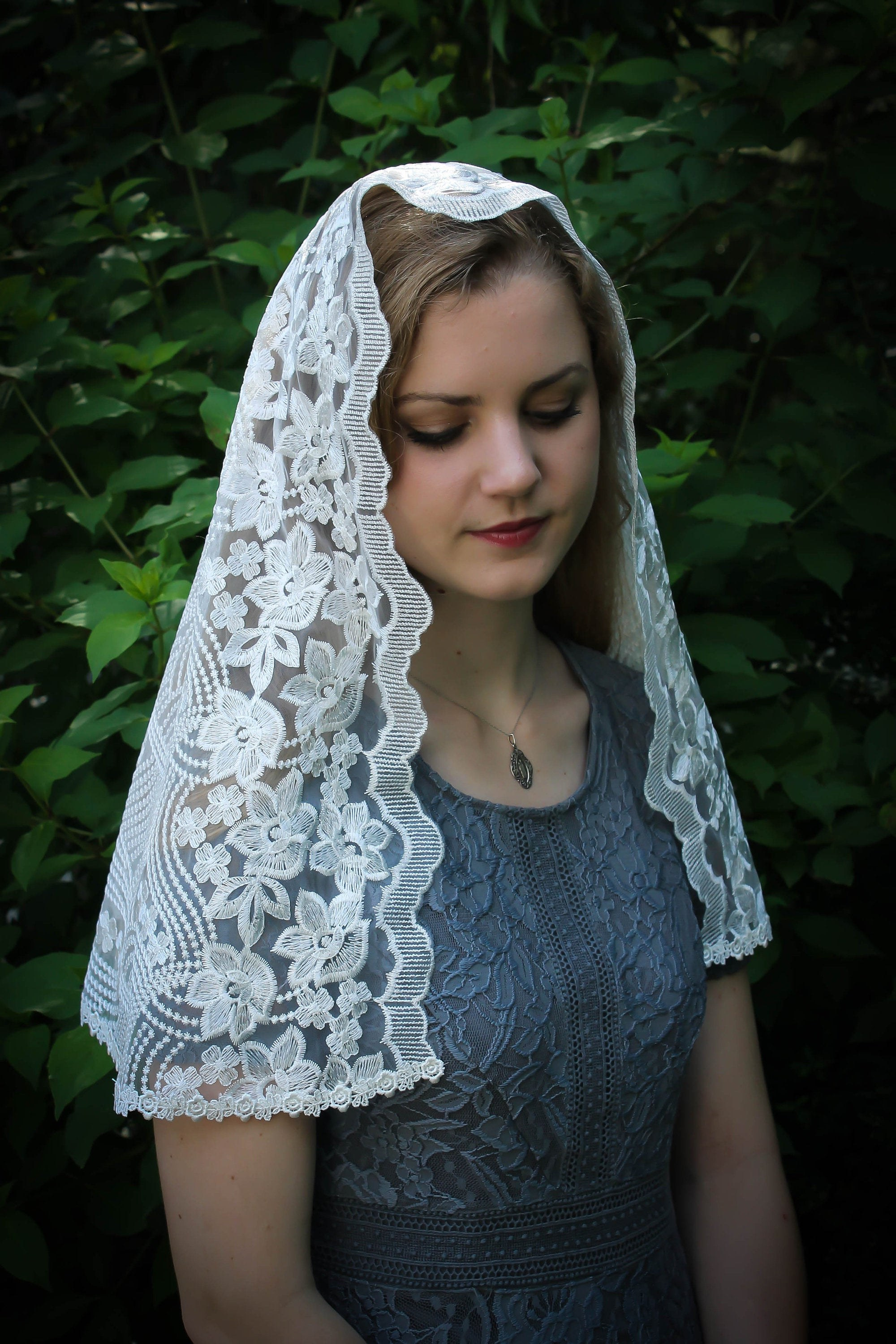 Model Vintage Bridesmaid Dress Hijab 4pde Evintage Veils Our Lady Of Guadalupe Lovely White Floral