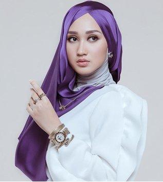 Tutorial Hijab Segiempat Untuk Baju Kutu Baru Ragam Muslim