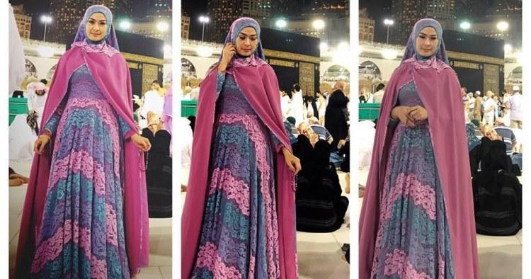 Bentuk Baju Lebaran Iis Dahlia Xtd6 Sedang Ibadah Umroh Gaya 8 Artis Ini Tetap Mewah Dan