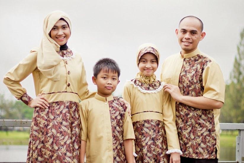 Bentuk Baju Lebaran Keluarga Warna Putih Whdr Gamis Baju Lebaran Keluarga Warna Putih Gambar islami