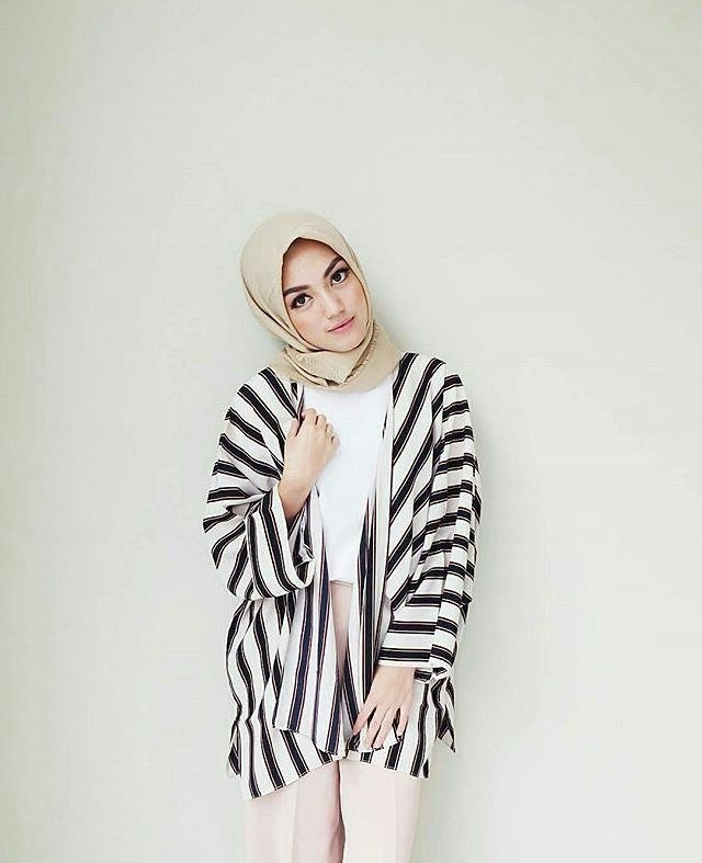Bentuk Baju Lebaran Remaja Zwdg Model Baju Lebaran Remaja 2018 Terbaru Dan Terlaris