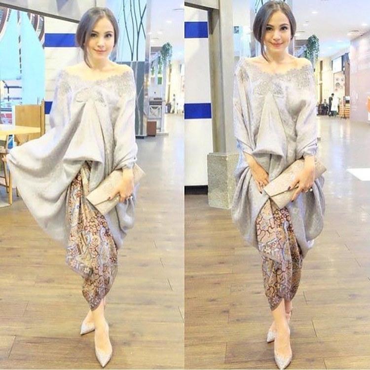 Bentuk Baju Lebaran Simpel Elegan Wddj 8 Inspirasi Baju Bukan Kebaya Untuk Lamaran Simpel Plus