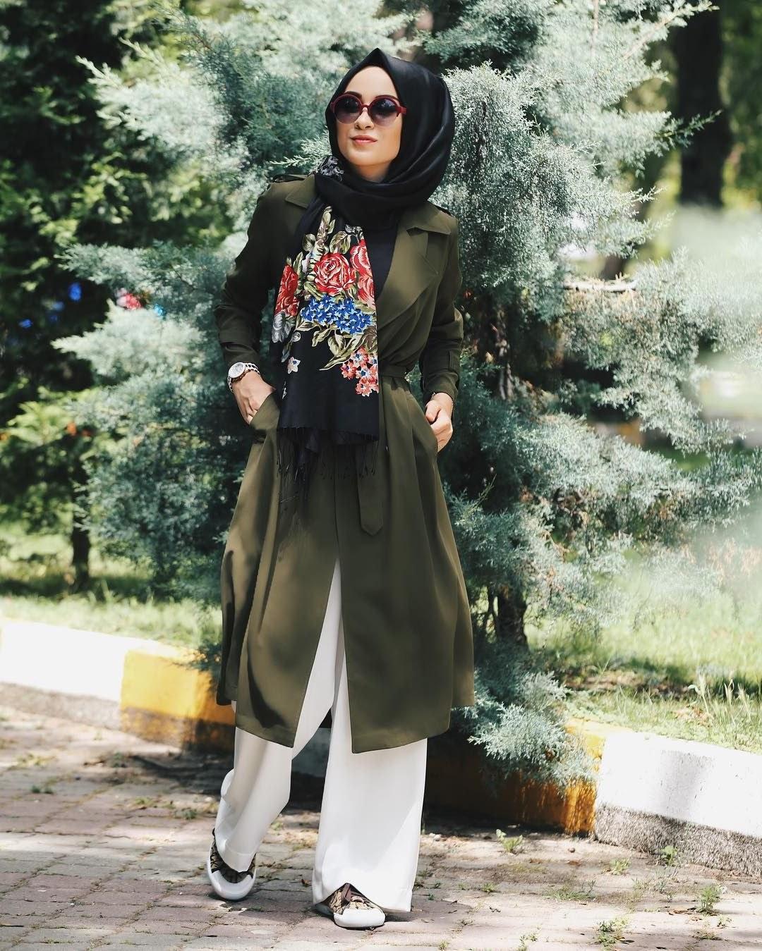 Bentuk Fashion Muslimah Modern S5d8 See This Instagram Photo by Senaseveer • 4 708 Likes