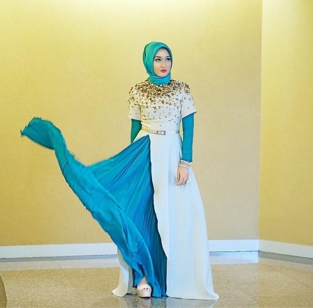 Bentuk Model Baju Lebaran Dian Pelangi 2018 Irdz Koleksi Terbaru Baju Muslim Ciptaan Designer Ternama Dian