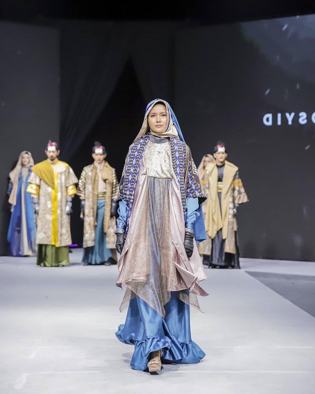 Bentuk Model Baju Lebaran Tahun 2020 9ddf Inspirasi Model Baju Lebaran 2020 Dari Para Desainer