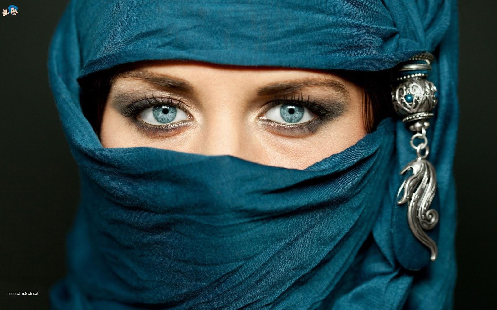 Bentuk Muslimah Bercadar Hitam Dddy Koleksi Wallpaper Wanita Muslimah Bercadar
