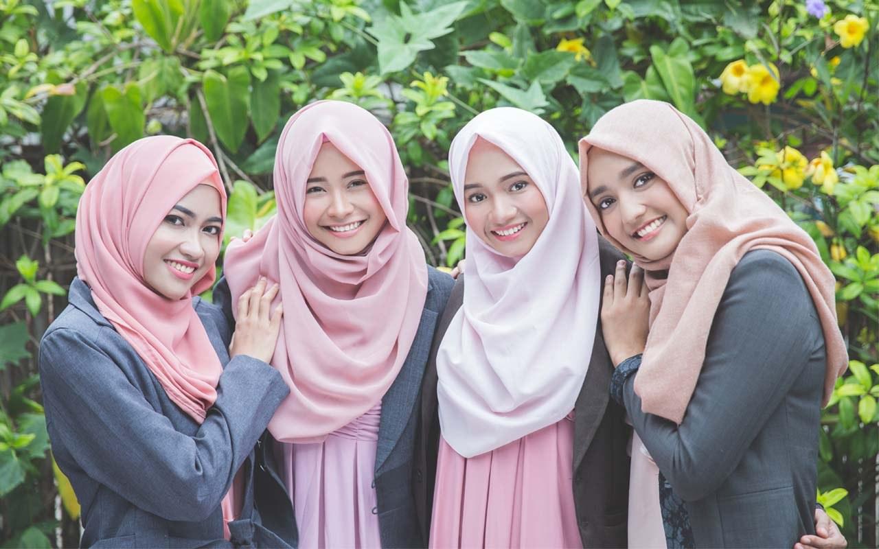 Bentuk Tips Memilih Baju Lebaran Y7du Wajib Simak Ini Tips Memilih Baju Couple Keluarga Untuk